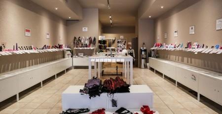 Hà Nội: mua sản phẩm người lớn ở shop nào khu vực quận nam từ liêm các bạn?
